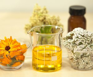 flowers and Essential Oils vs Fragrance Oils
