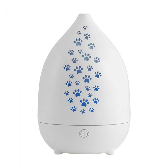 Dog Whisperer PureBreathe Pet Diffuser turned on