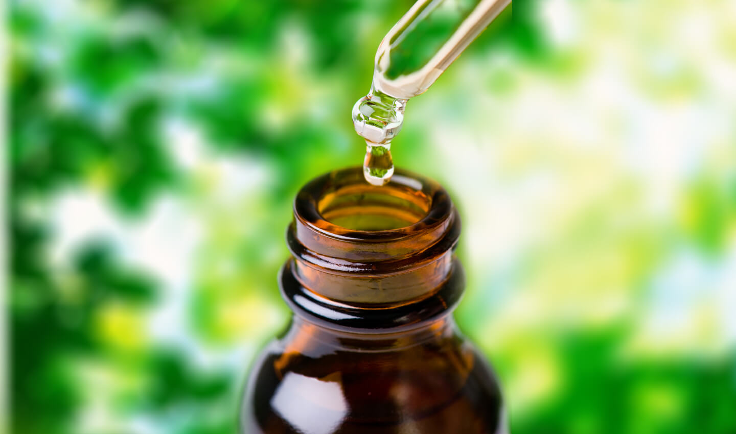 How To Use Essential Oils with an Herbal Essence Dropper
